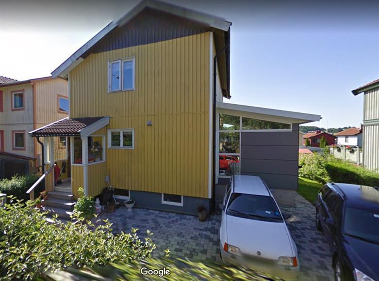 En väldigt gammal bild från Google Street View.