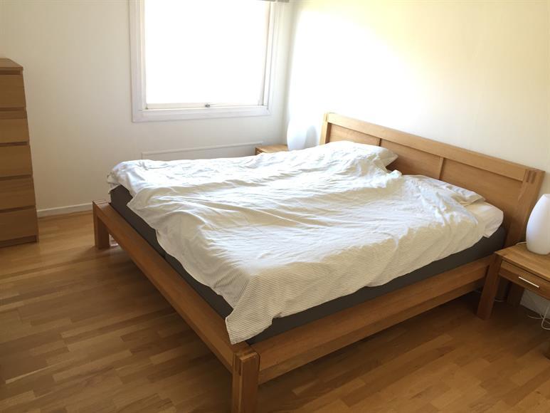 Ett av fyra sovrum