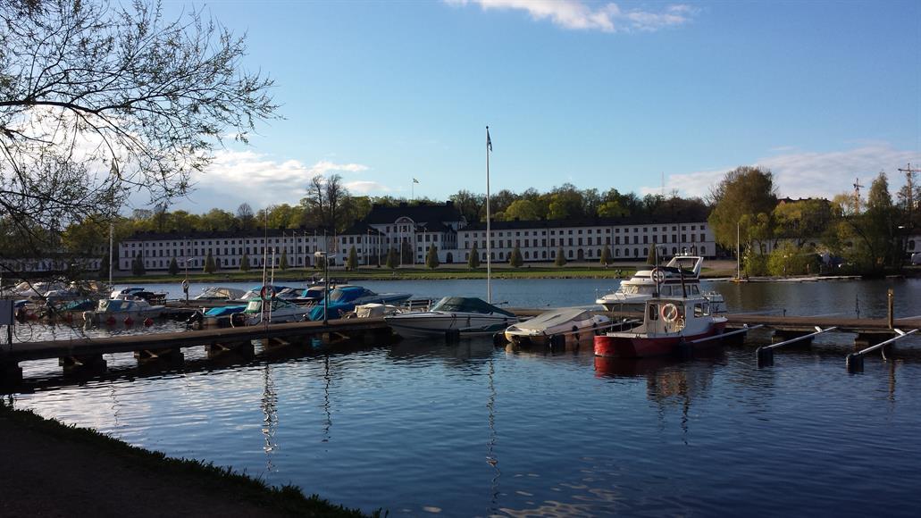 Huset är en stenkast från Kungsholmstrand