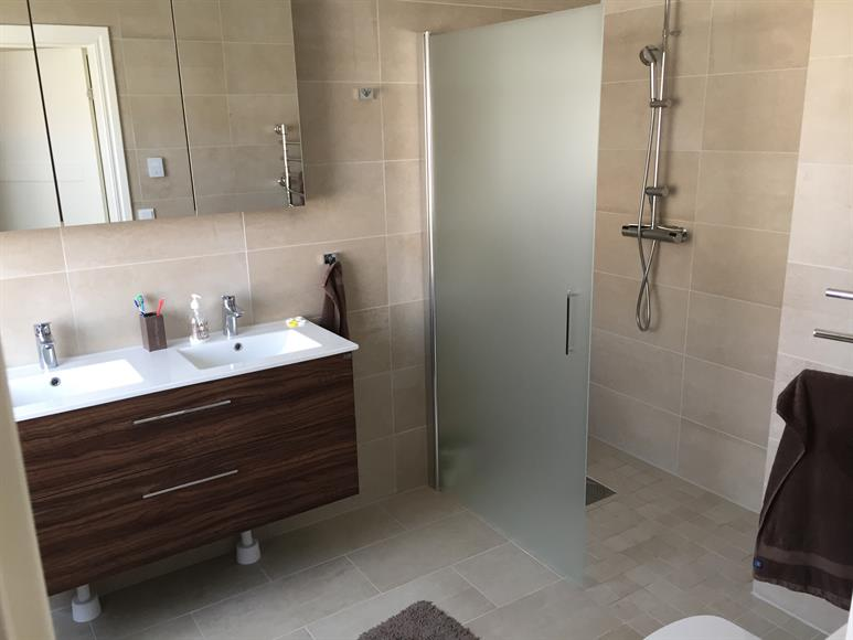 Nybyggd dusch/toalett 2016