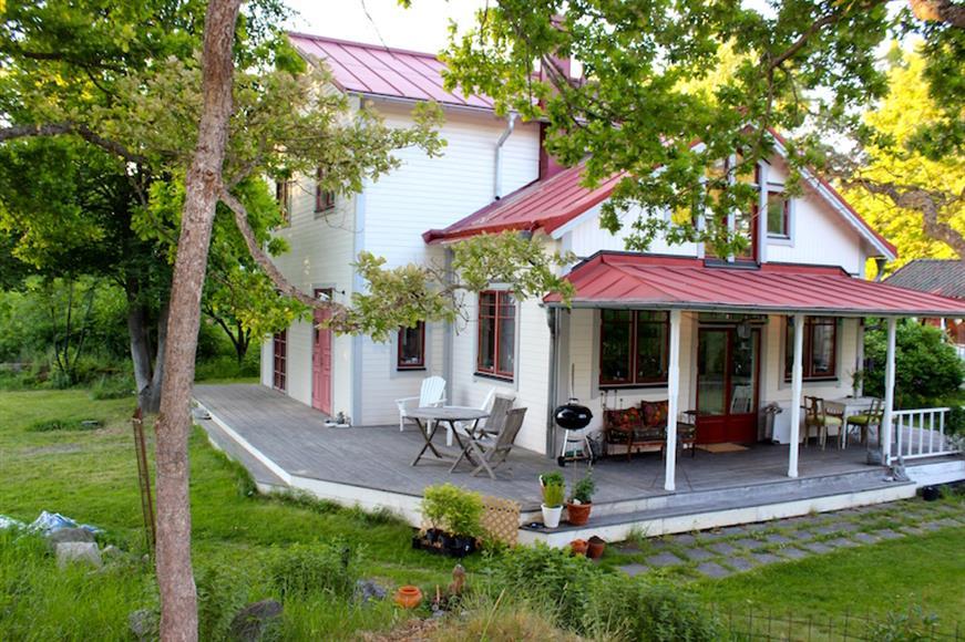 Tillgång till veranda och trädgård