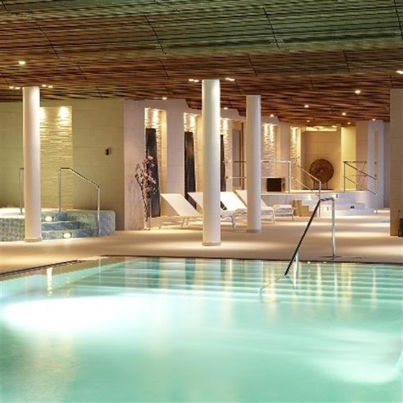 Tillgång till inomhus pool, spa, gym etc.